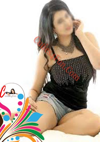 hot and horny housewife escort in magarpatta city